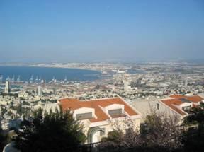 Vista del porto dal Carmelo