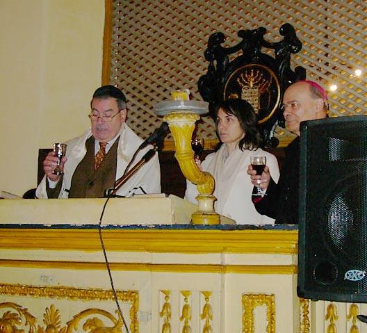 Il responsabile della Comunità ebraica senigalliese Amos Zuares, il sindaco di Senigallia Luana Angeloni e il Vescovo Mons. Giuseppe Orlandoni