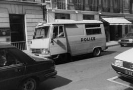 5 agosto 1985 a Parigi: il cellulare della Polizia con il quale siamo stati portati via