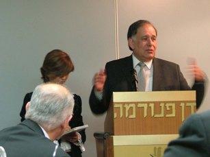 Il Sindaco di Haifa, Yona Yahav